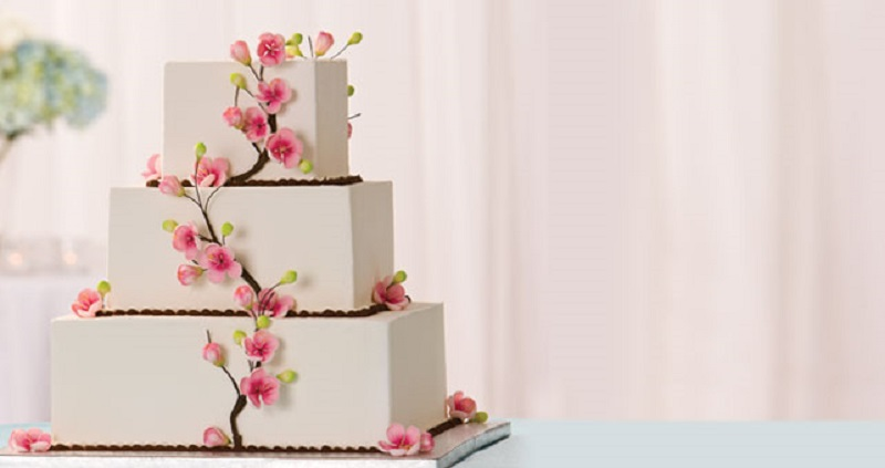 Excellent Supermarket Wedding Cakes Buying Wedding Cake From Grocery Store Funny Birthday Cards Online Overcheapnameinfo
