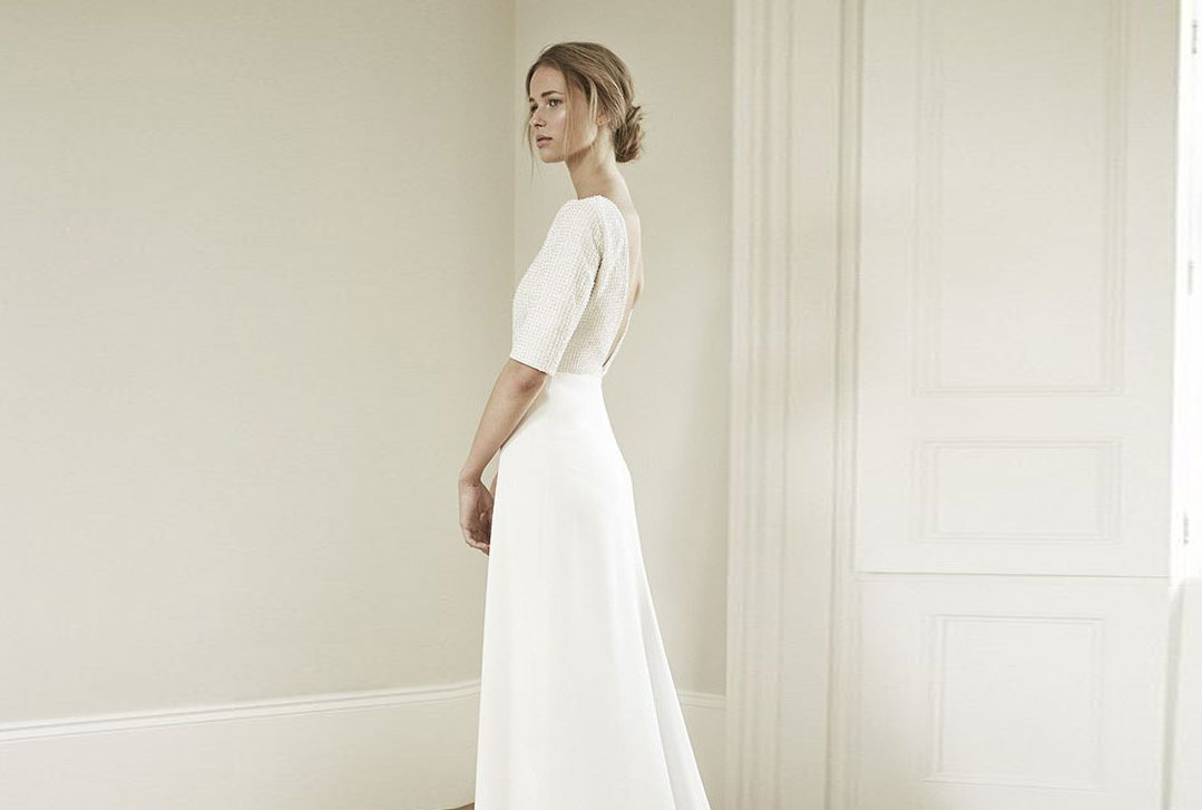 8 Simple And Chic Wedding Dresses For A Timeless Bride