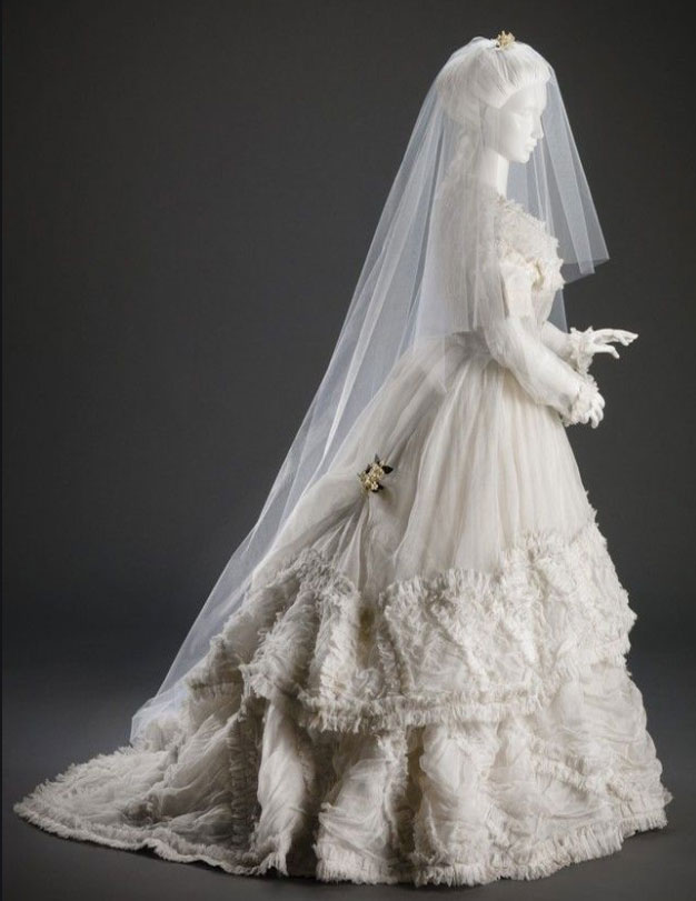 Victorian Wedding Dresses - Vintage Inspired Bridal Ball Gowns