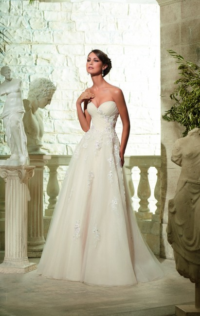 Mori Lee 5302 Wedding Dress