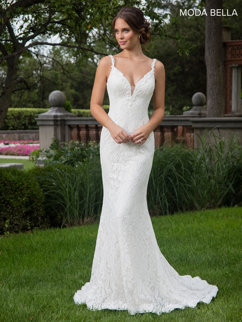 Marys Bridal Mb2016 Fitted Lace Wedding Gown