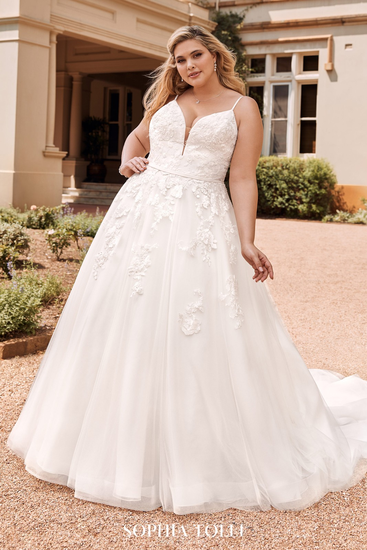 Sophia Tolli Y18HB Aurora Plunging Neckline Wedding Dress
