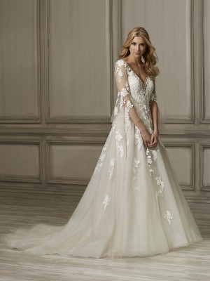 f1a6b315 Plus Size Wedding Dresses | Long, Short and Tea Lenght Bridal Gowns