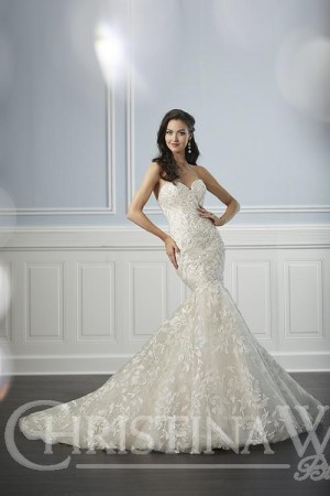 6b6f95195c Wedding Dresses 2019   Bridal Gowns by top Designers at Madame Bridal