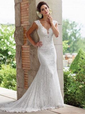 Enchanting by Mon Cheri 117193 Wedding Dress