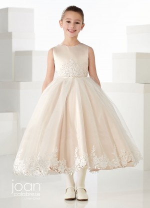 First Communion Dresses | Girls Holy Communion Gowns for 2019