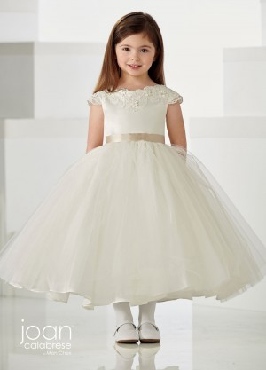 d266df3c0733 First Communion Dresses | Girls Holy Communion Gowns for 2019