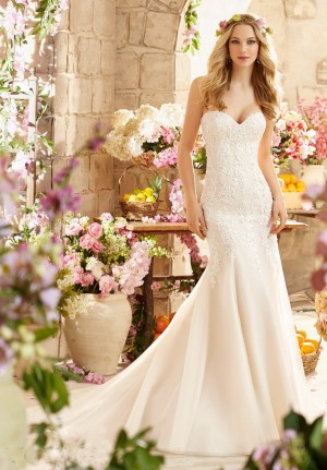 Mori Lee 6807 Dress Lace Embroidery Sweetheart Neckline Fit-and-Flare