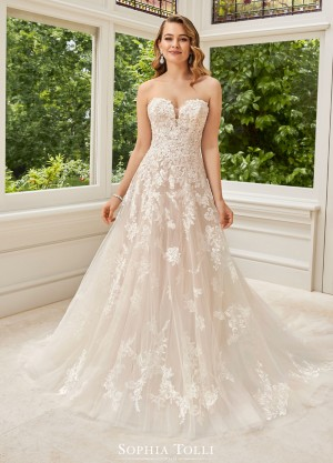 cf081914 Wedding Dresses by Sophia Tolli | 2018 Gown Styles
