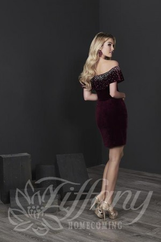Tiffany - Dress Style 27231