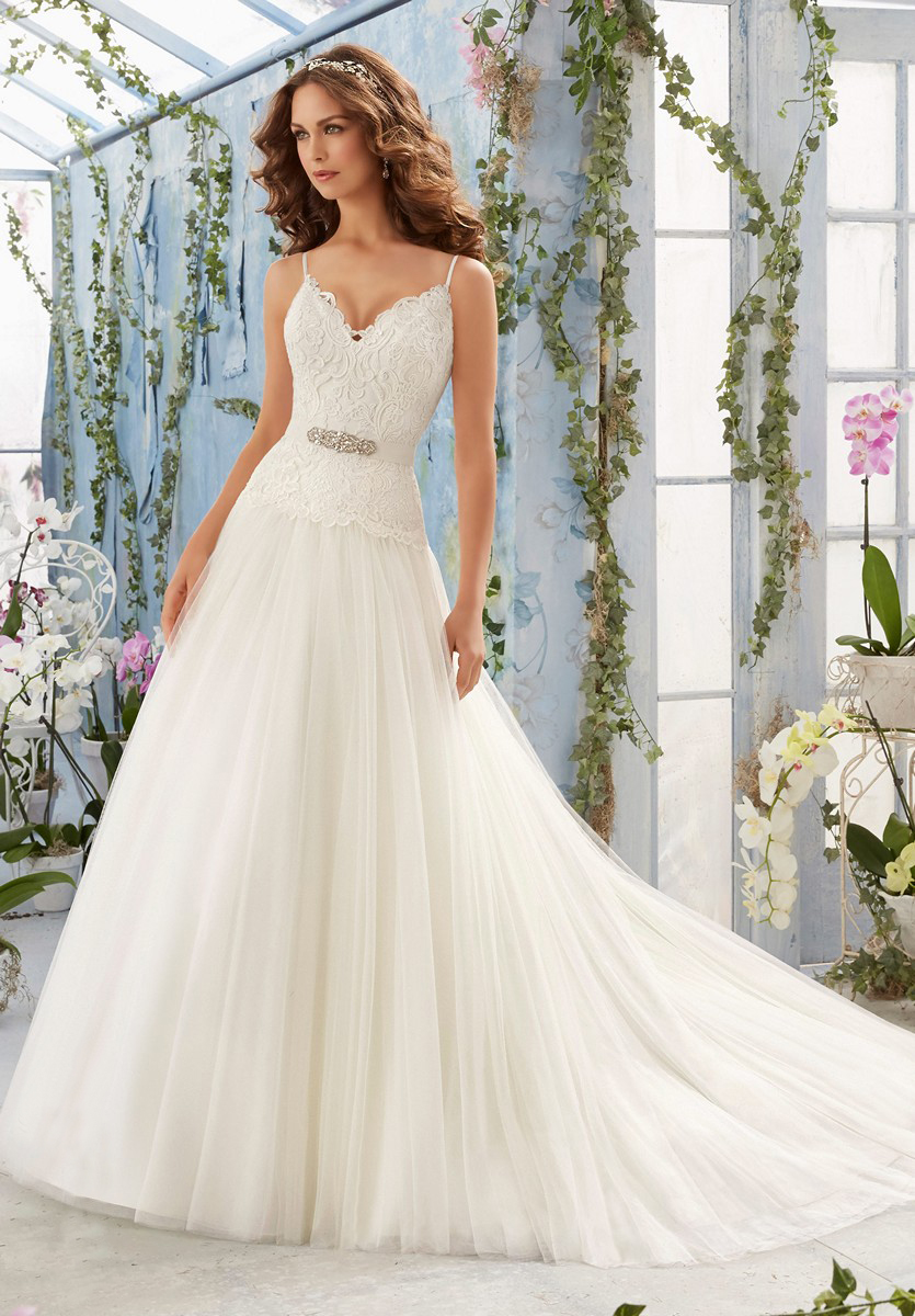 Mori lee 5411 wedding dress for Mori lee wedding dresses